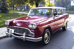 1965 Checker Wagon front 3-4