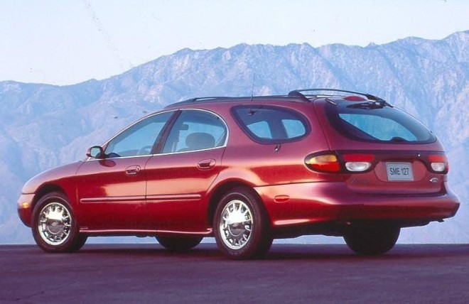 1996 Ford Taurus - Ford's last station wagon